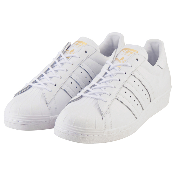 adidas ホワイト スニーカー